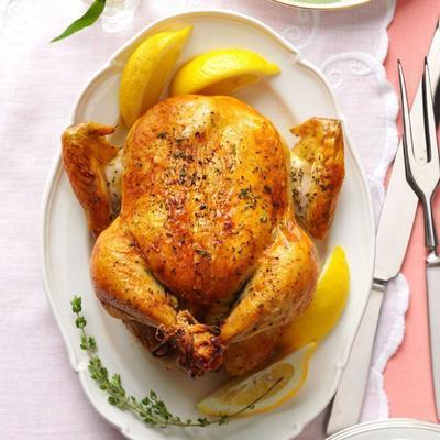 limon ve taze kekik kavrulmuş tavuk