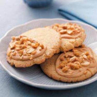 Frosted Peanut Butter Brittle Cookies