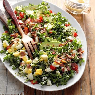 bal horseradish viniagrette ile protein yumruk lahana ve pastırma salatası