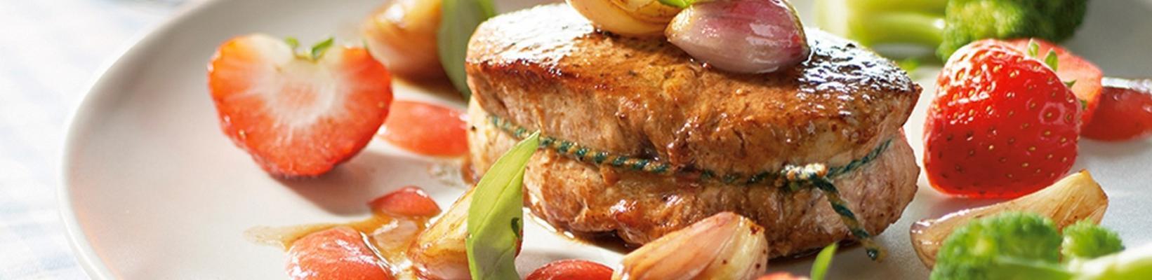 arpacık veya çilekli dana eti veya domuz eti yahnisi