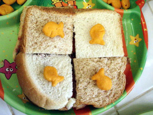 Goldfish Checkerboard Sandwiches