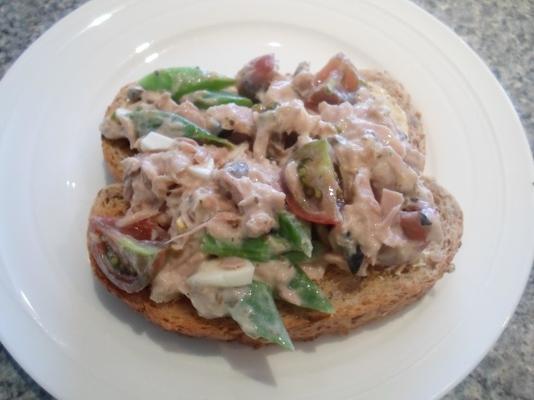 ton balıklı sandviç, nicoise tarzı