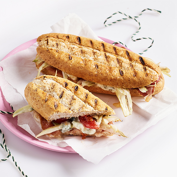 Gorgonzola ile panini